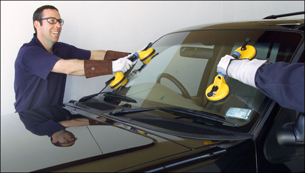How to Choose the Best Auto Glass Repair Services